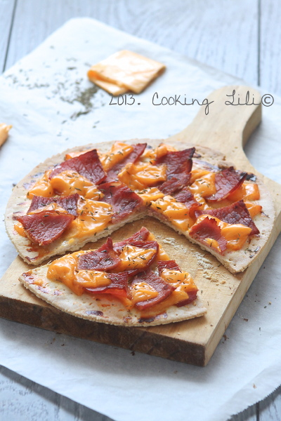 Tarte fine Bacon et Cheddar