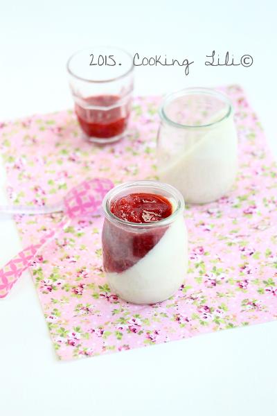 panna cotta vanillée au fraises framboises