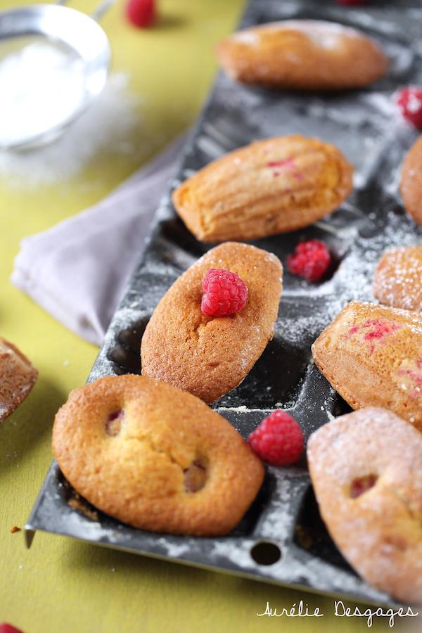 madeleines vanillées aux framboises