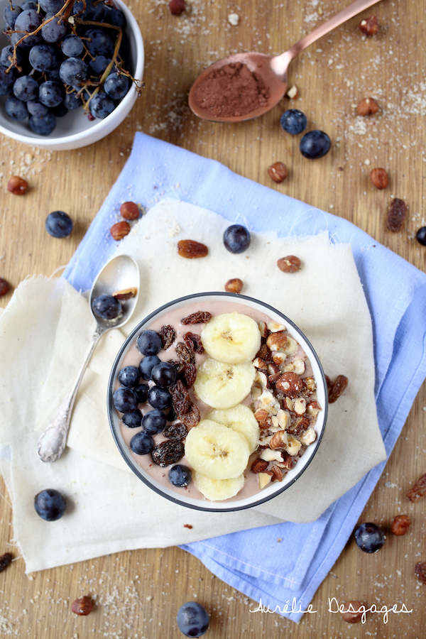smoothie bowl bananes raisins noisettes2