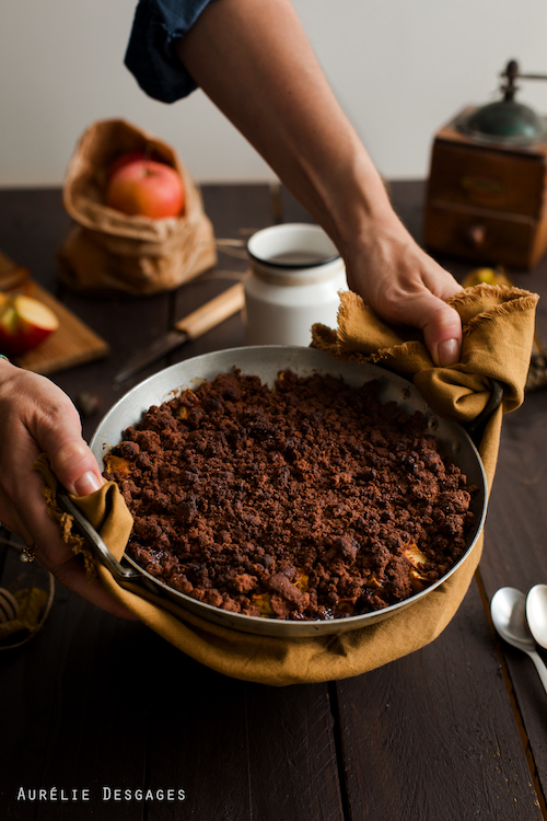 cooking lili crumble pommes et chocolat sans gluten. Black Bedroom Furniture Sets. Home Design Ideas
