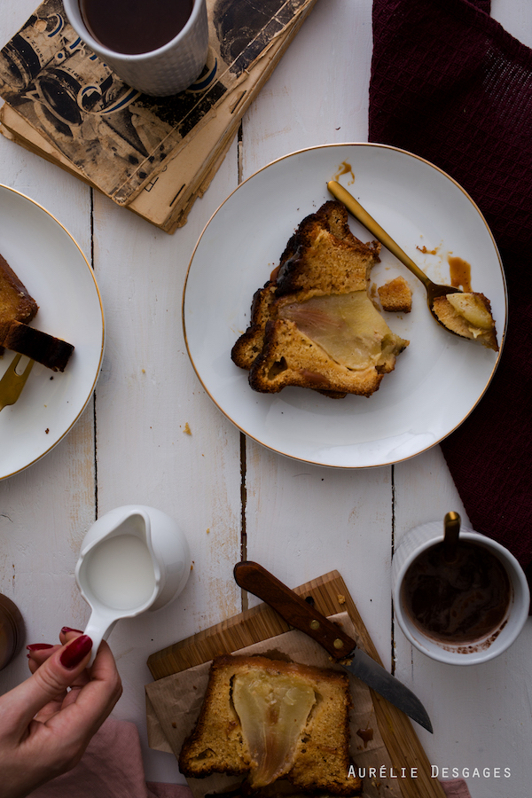 cooking lili cake aux poires et caramel au beurre sal. Black Bedroom Furniture Sets. Home Design Ideas